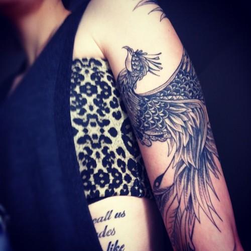 Des inspirations de tatouages japonais trendy mood - Tatouage phoenix bras ...