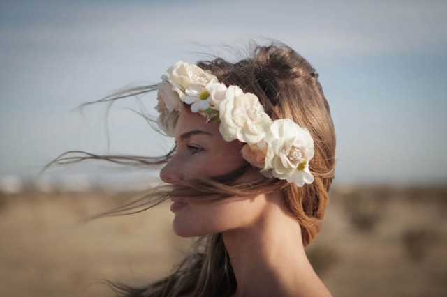 Des couronnes de fleurs trendy mood - Fleuriste couronne de fleurs ...