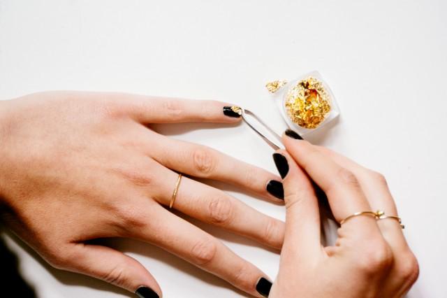 Black and Gold Nail Art -2