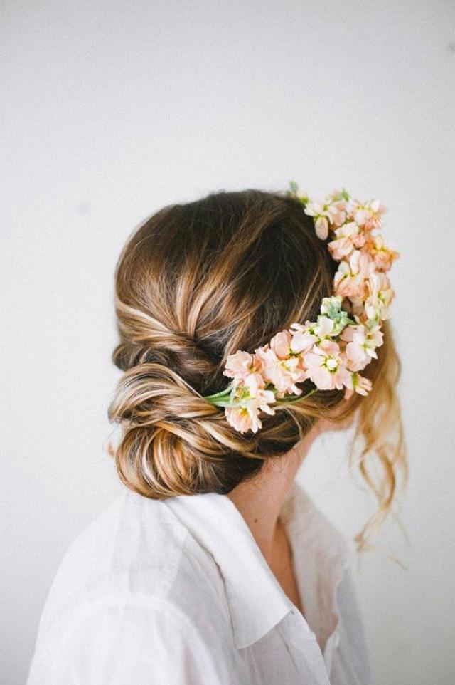 Je veux une couronne de fleurs trendy mood - Tuto couronne de fleur ...