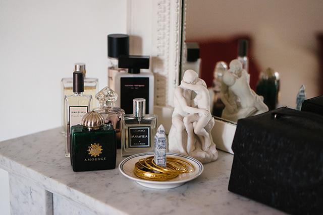 Dans le vanity d'Alexandra