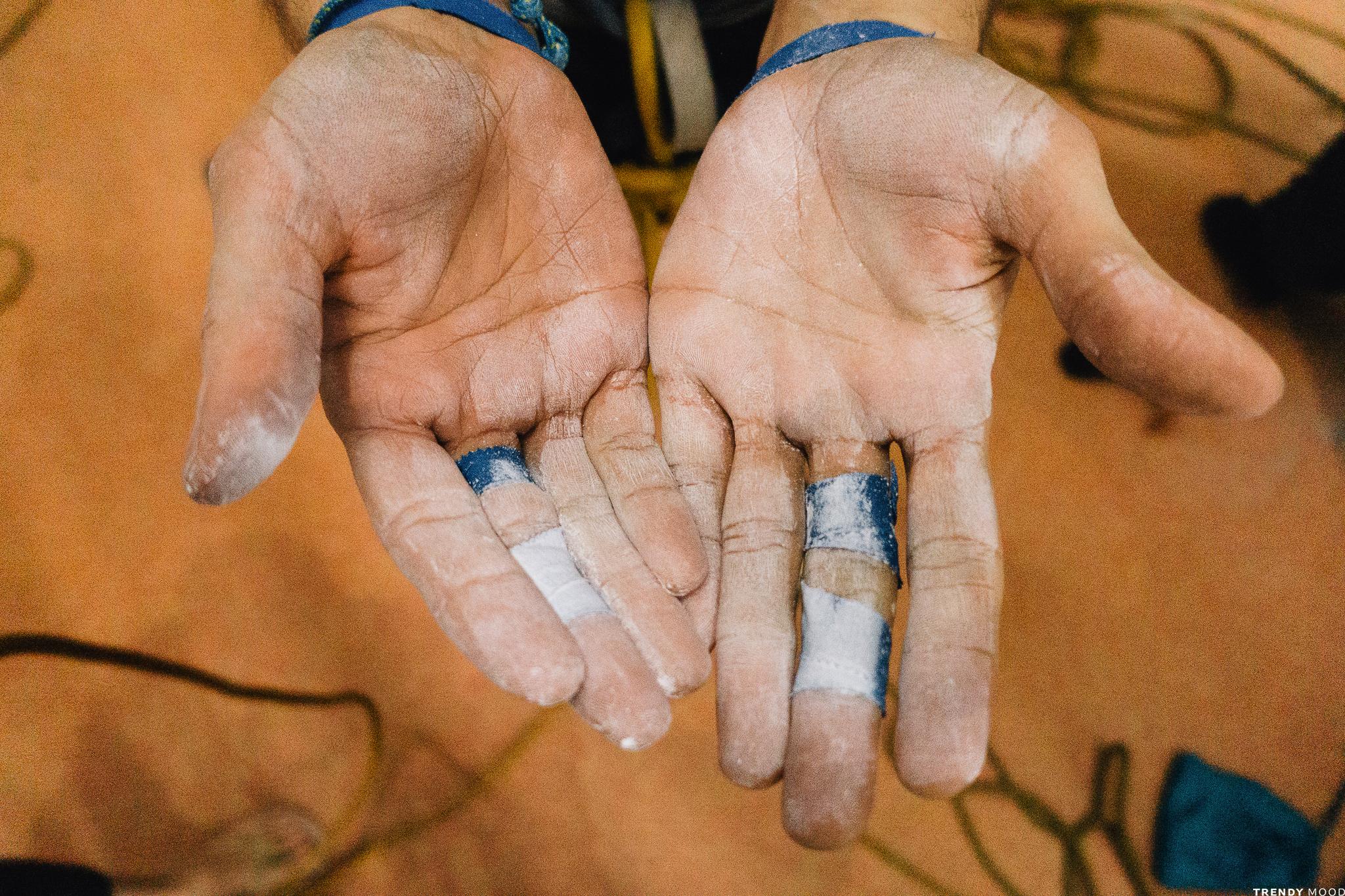 Mains de grimpeurs - Magnésie