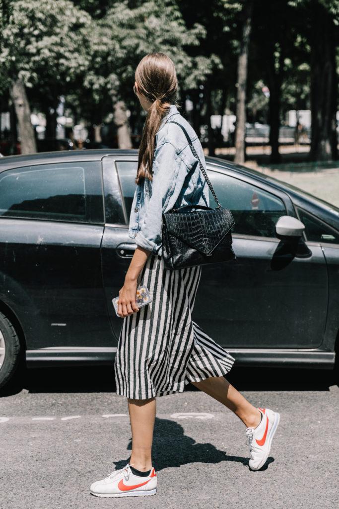 http://www.trendymood.com/wp-content/uploads/2017/07/Jupe-culotte-à-rayures-Vogue-ES-683x1024.jpg