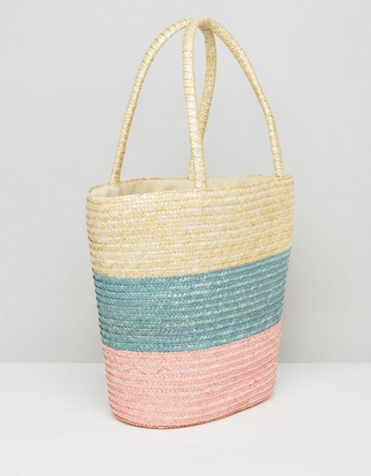 shopping o trouver des sacs en rotin ou en paille trendy mood. Black Bedroom Furniture Sets. Home Design Ideas